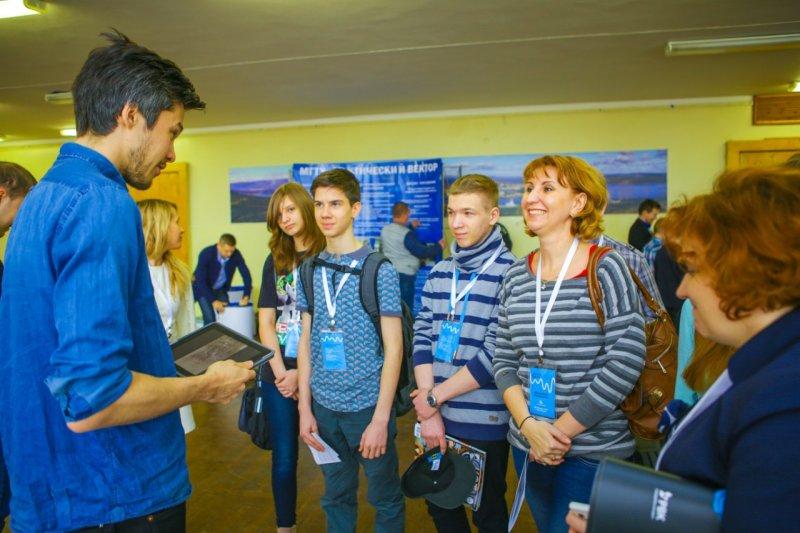 Фото к Информационный центр поймал волну Фестиваля научных открытий «Arctic Wave».