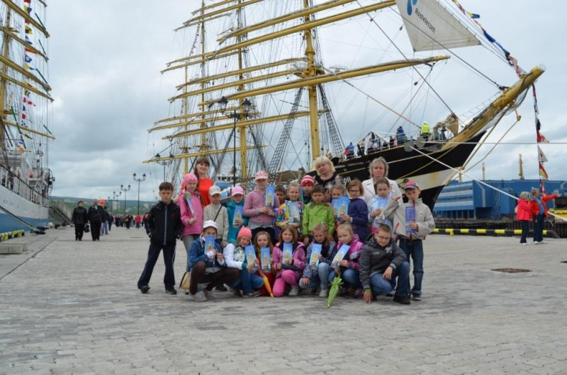 Фото к «Крузенштерн» пришел в Мурманск